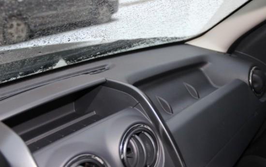 лобовое стекло Renault Duster