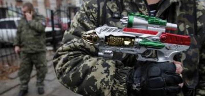 Боевики и «казаки» сражаются за бензин
