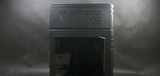 Cooler Master HAF STACKER 935 (HAF-935-KWN1), вид сбоку (со стороны окошка)