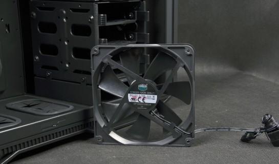 Cooler Master HAF STACKER 935 (HAF-935-KWN1), встроенный вентилятор