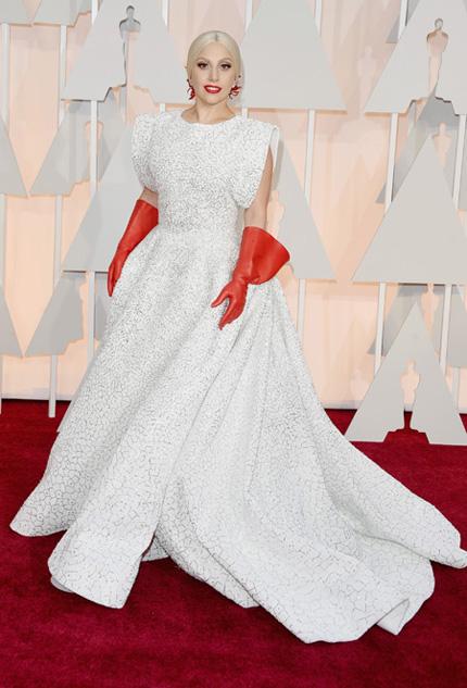 Леди Гага в Azzedine Alaia