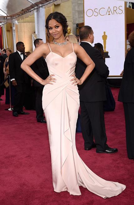 Зои Салдана в Versace