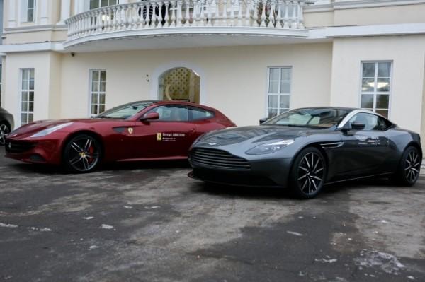 роскошные автомобили Bentley Bentayga, Ferrari Four, Rolls-Royce Wraith
