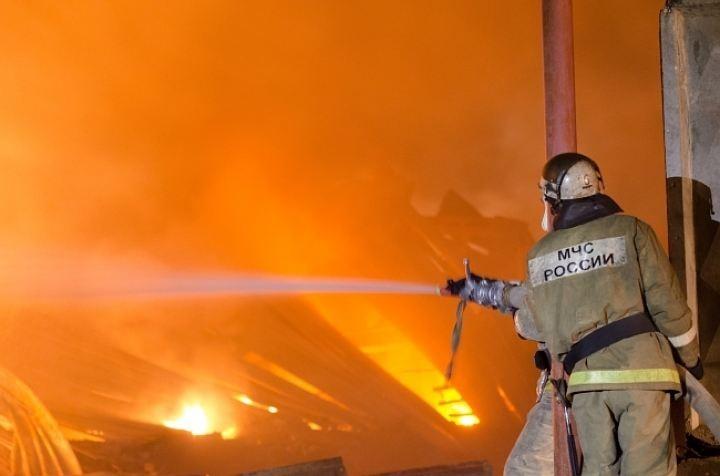 Мужчина погиб на пожаре в собственном доме.
