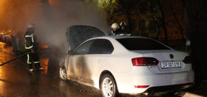 сожгли автомобиль журналиста