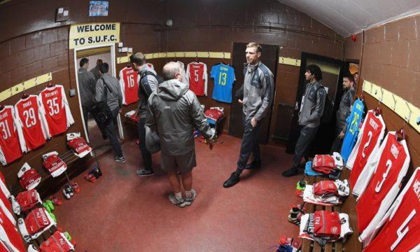 Алиев изуродовал раздевалку «Арсенала»